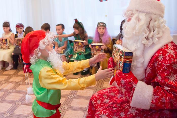 Заказ Деда Мороза в детский сад. Профессиональные актёры агенства